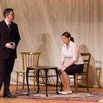 Herr Gabor (Alexander Krusch) und Frau Gabor (Melanie Franz) schicken Melchior in die Korrektionsanstalt.