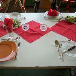 """Zum Thema """"Kochen für den besonderen Anlass"""" gehört das Herrichten der Tische,…"""