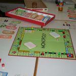 """Im Projekt """"Strategiespiele"""" ist das altbewährte Monopoly immer noch sehr beliebt."""