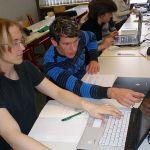 DIe Abizeitung ist fleißig am arbeiten, damit die Zeitung ein Erfolg und eine schöne Erinnerung an die Schulzeit wird.